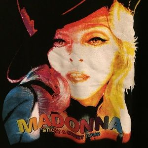 Tops - Graphics T-shirt Madonna Sticky & Sweet Tour
